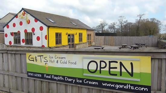 g-t-s-ice cream parlour in yorkshire